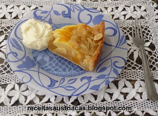 torta de pao forma de legumes gelada
