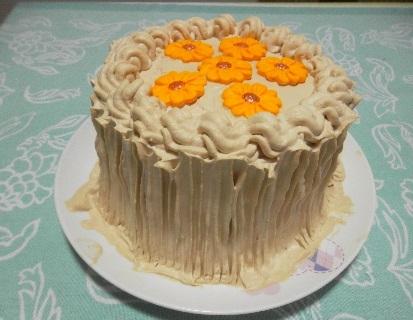 como fazer o recheio e a cobertura para um bolo de massa pronta sabor baunilha