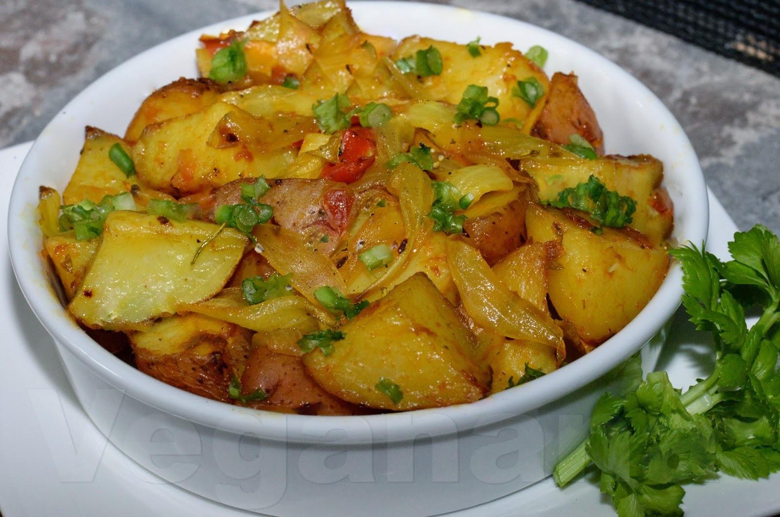 Batata Assada com Molho de Tomates Caseiro