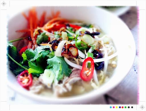 crispy noodle chicken salad