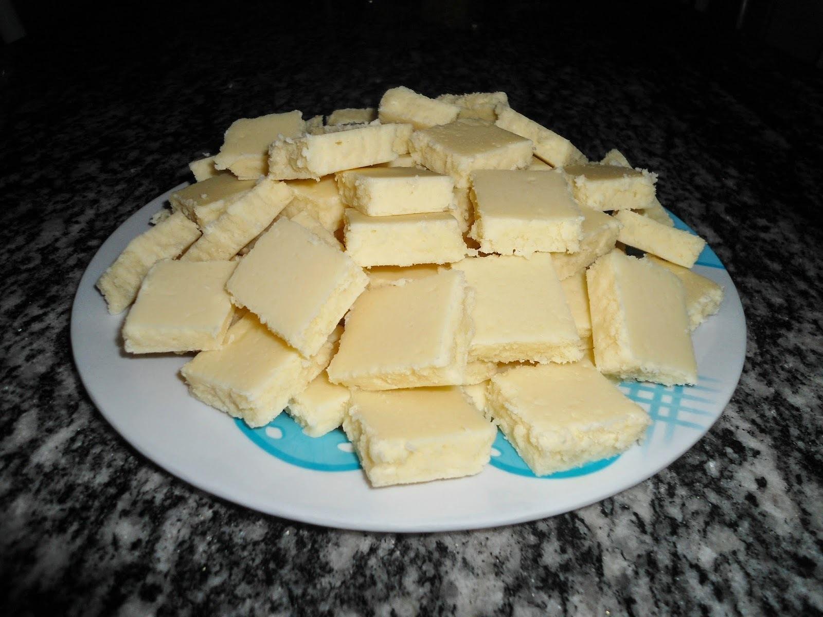 Doce de leite em pó com coco