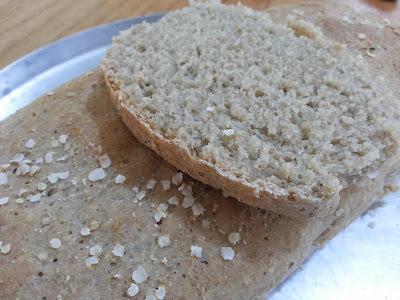 Pão integral com quinoa