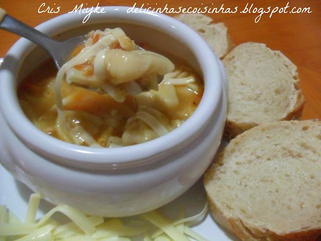 sopa de agnoline tradicional
