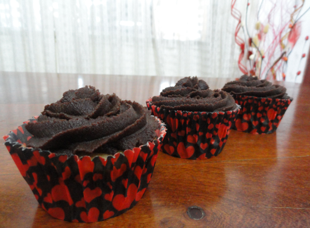 Cupcakes veganos con crema de chocolate