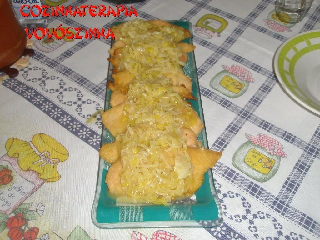 file de frango empanado com farinha de mandioca