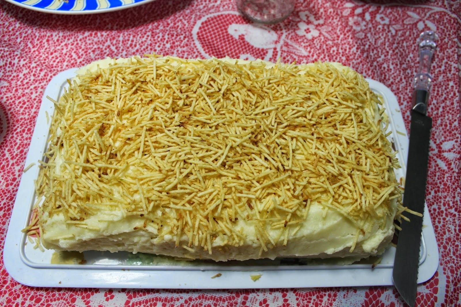 bolo salgado de pão de forma de carne moida