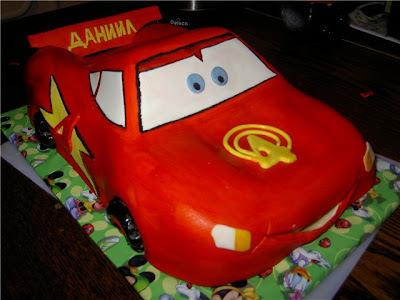 """Aprenda a fazer bolo Bolo """"Relâmpago McQueen"""" (""""Cars"""") - Receita Russa"""