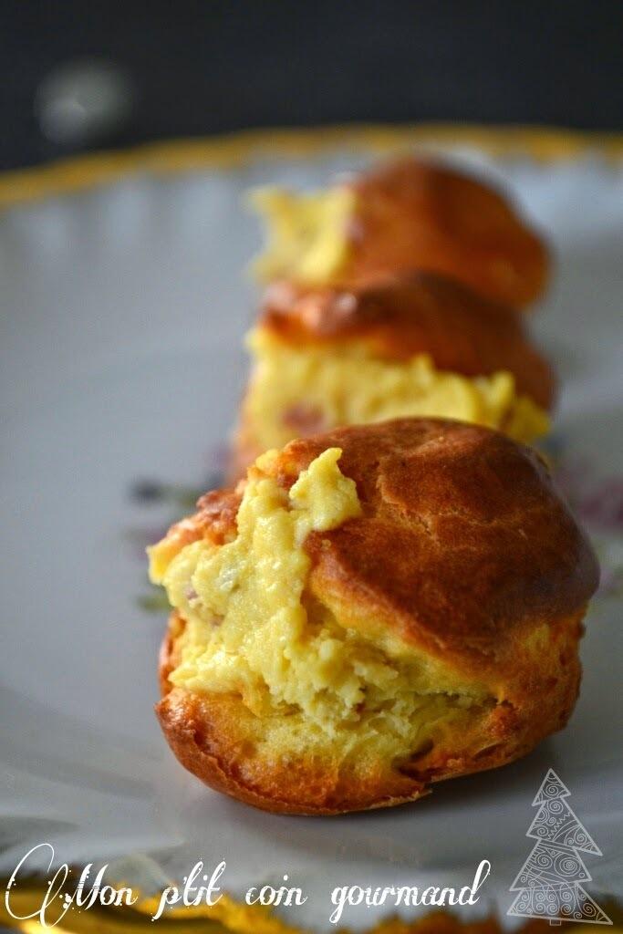 Petits choux fourrés à la pancetta, œufs durs et mayonnaise...