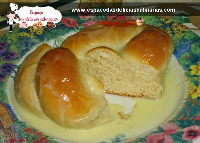 Pão com leite de coco, com leite condensado