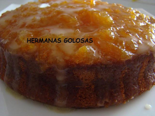 BIZCOCHO DE NARANJA CON COBERTURA DE MERMELADA Y GLASEADO