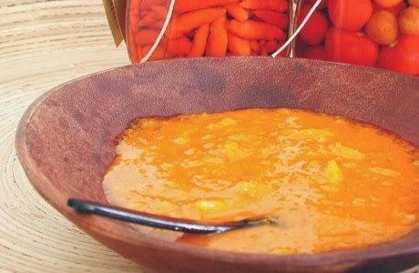 de molho de pimenta malagueta com gengibre