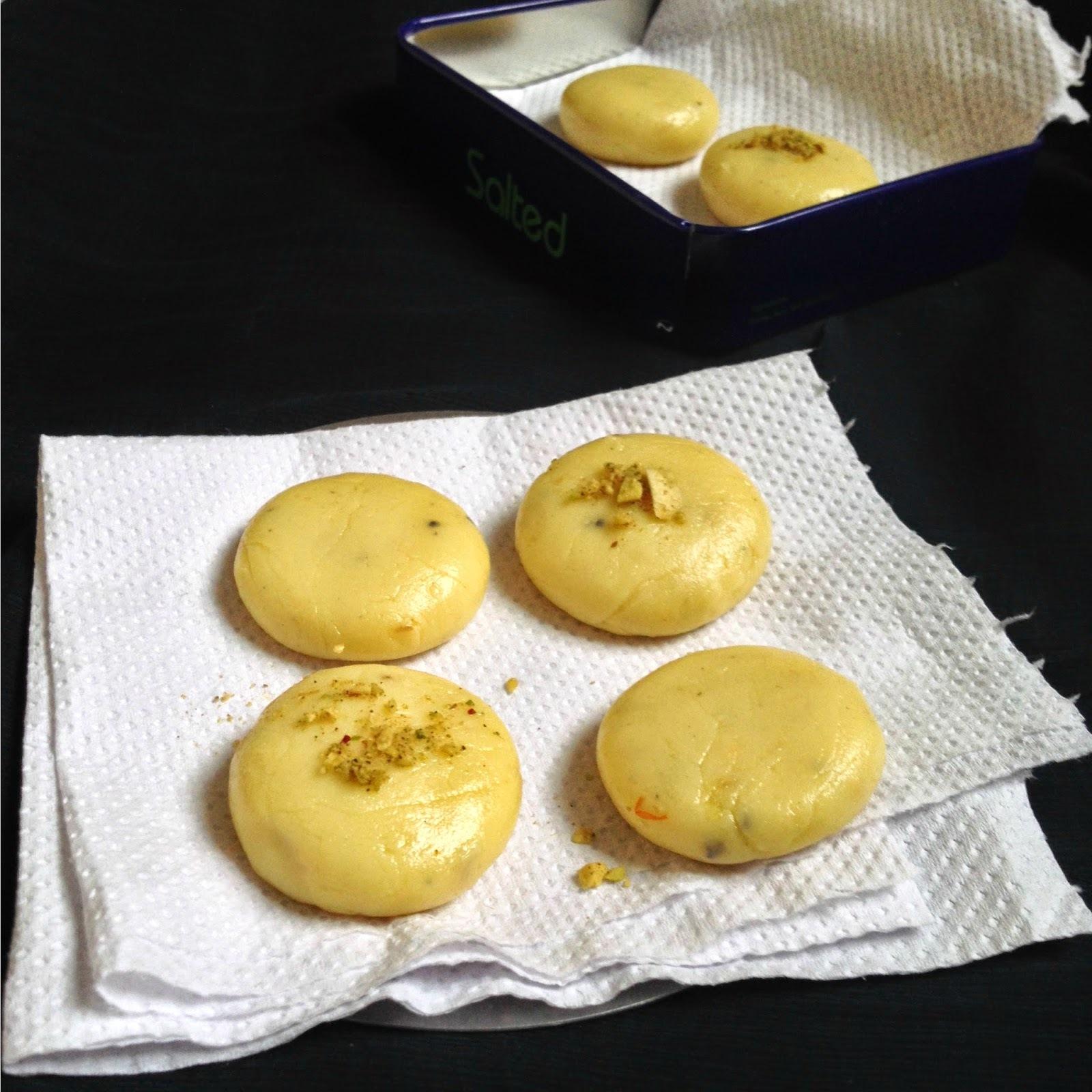 doodh peda - paal peda  - milk peda -kesar peda - how to make milk peda recipe - Diwali Recipes