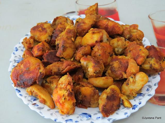 Kurmuri-Chatpati Arbi (Crisp-Spicy Taro Tuber )