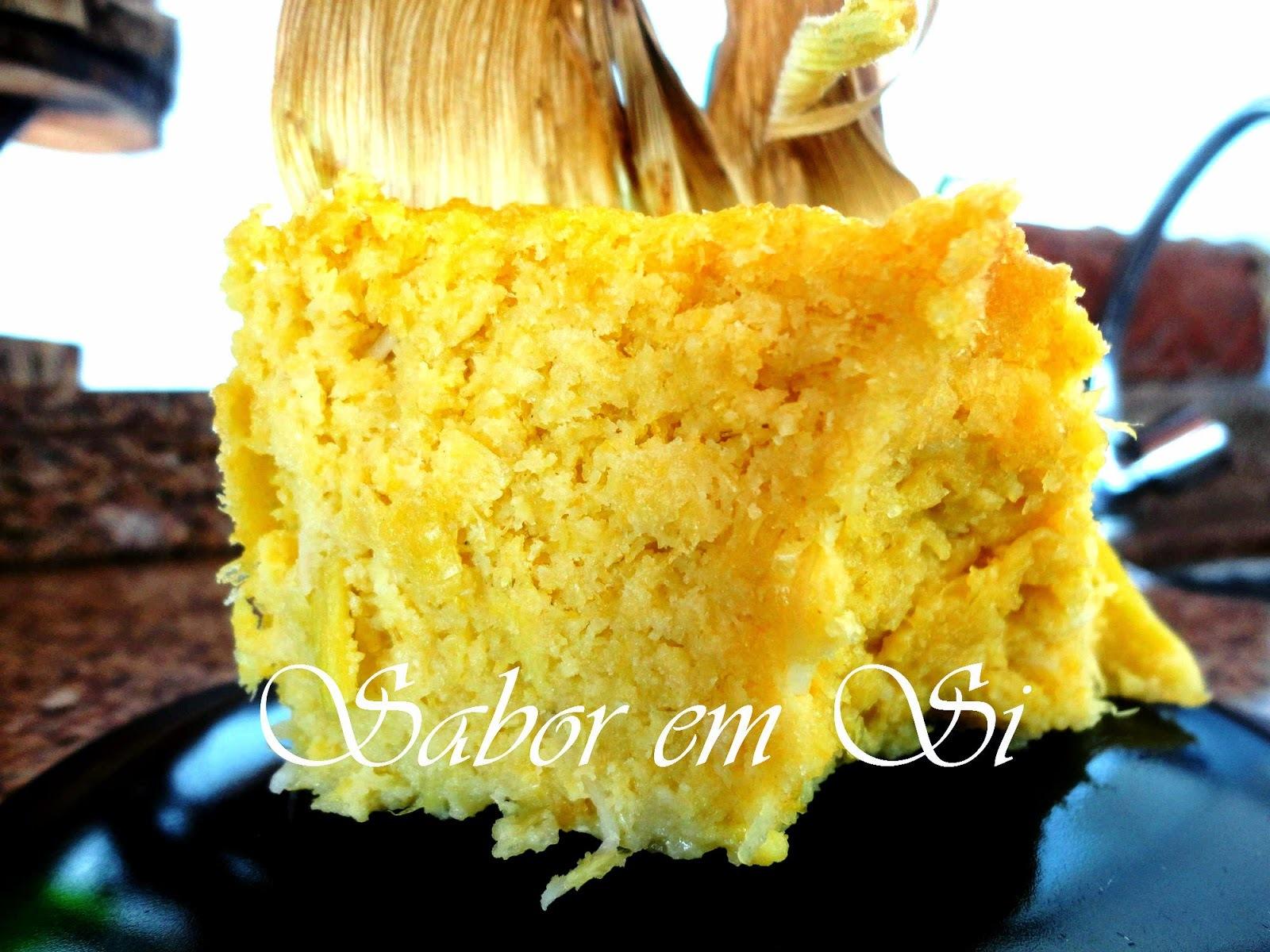 bolo de milho verde com palha de milho