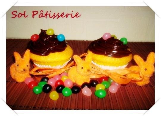 Cupcakes de cenoura e cobertura de ganache de chocolate e meu décimo parceiro