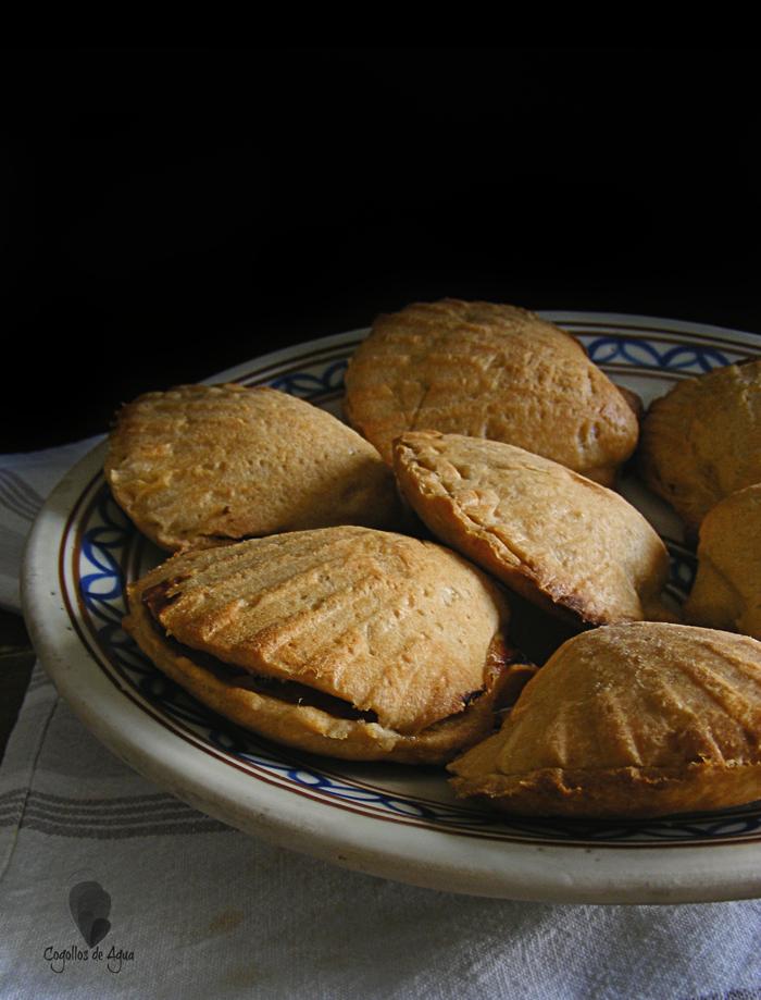 PEREGRINAS {Empanadillas de pimentón, pisto y sardinas}