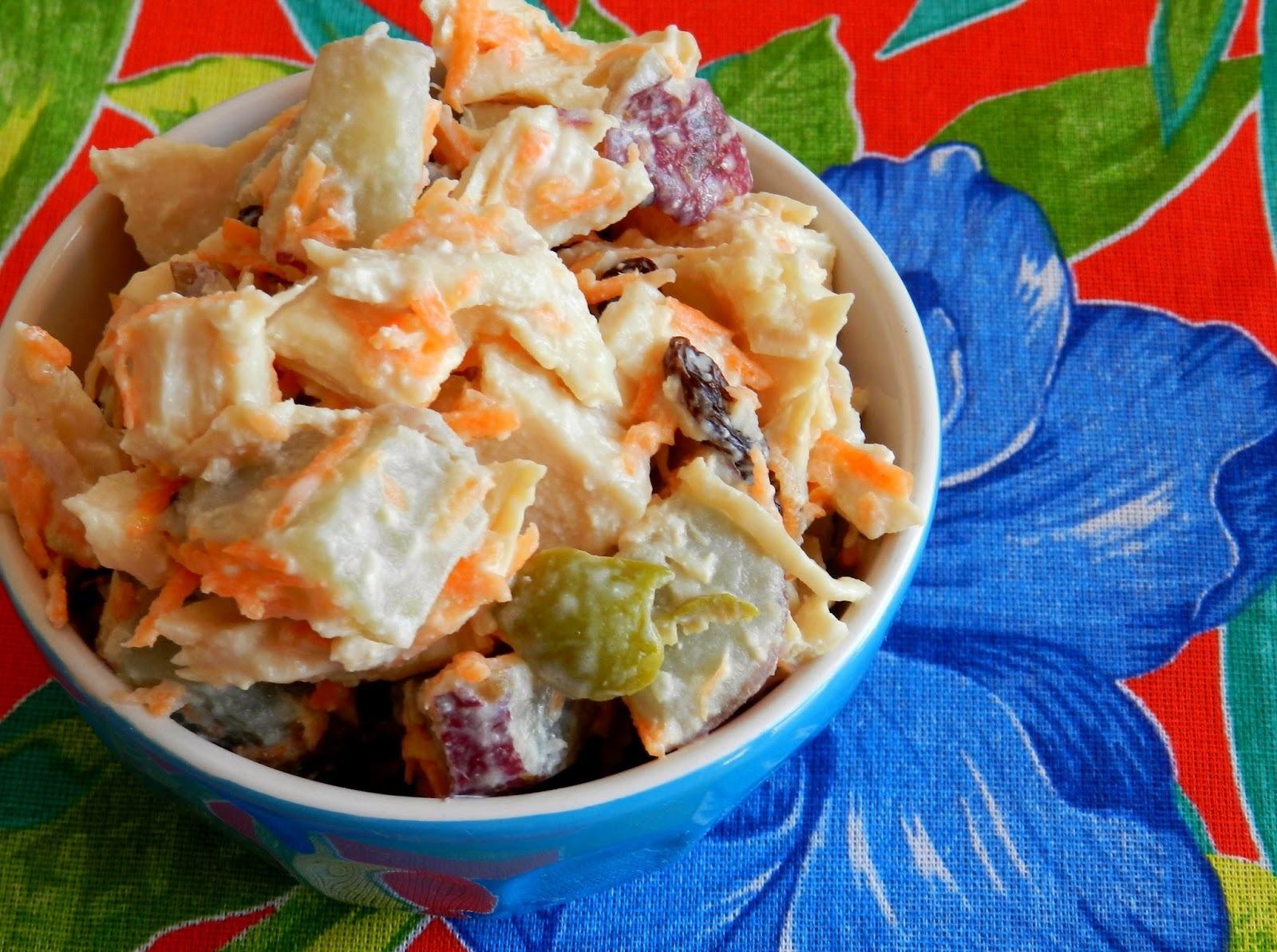 Salada fria de frango com batata doce