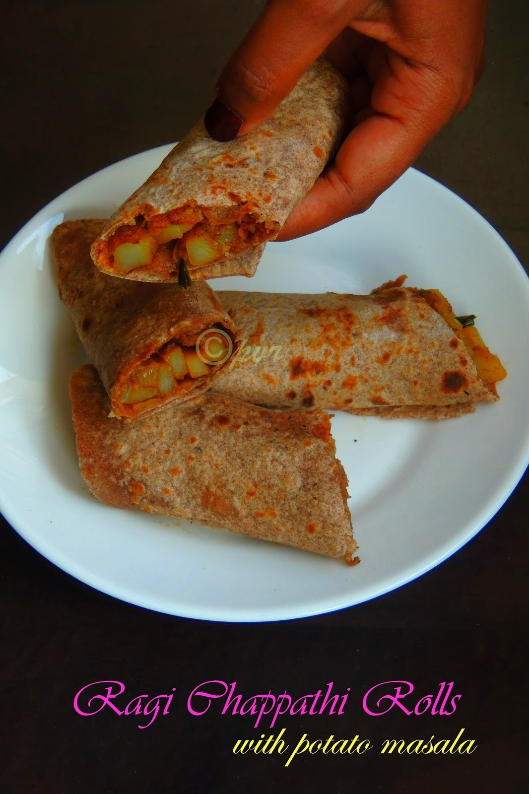 Ragi Chappathi Rolls with Spicy Potato Masala/Potato Stuffed Fingermillet Chappathi Rolls