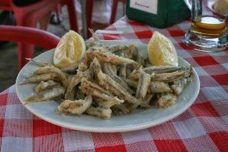 Pescadito frito andaluz