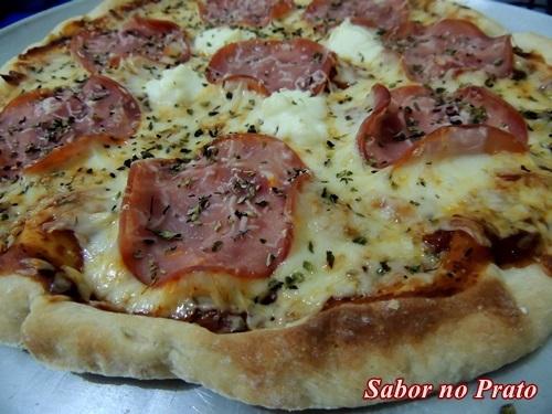 Massa de Pizza Caseira Fácil