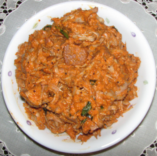 Kadgi Chakko (Raw Jackfruit curry)