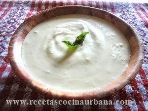 Deliciosa crema de ajo para untar