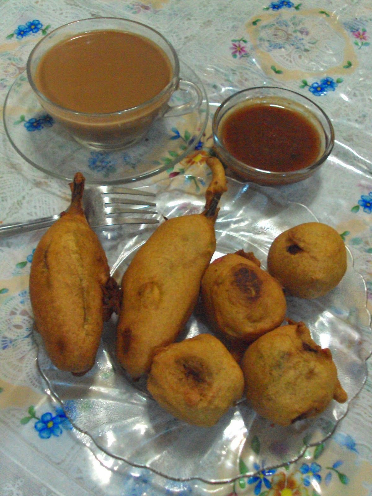 Recipe of Batata Vada & Mirchi Bhajiya | How to Make Batata Vada & Mirchi Pakora