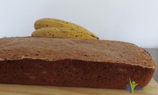 Bolo de banana, aveia e uva passa branca (sem açúcar e sem farinha de trigo)