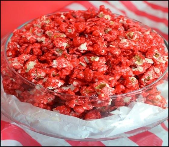Pipoca doce vermelha igual do pipoqueiro