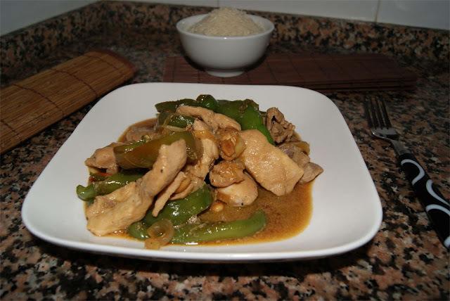 Receta de carne con pimentos al wok