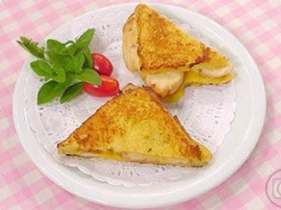 sanduiche de pão frances no forno