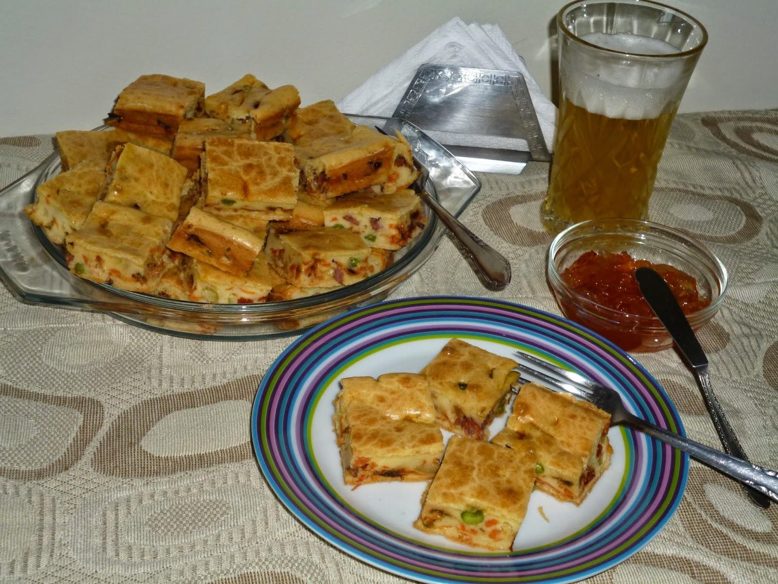 TORTA SALGADA COM POLENGUINHO (recheio de calabresa)