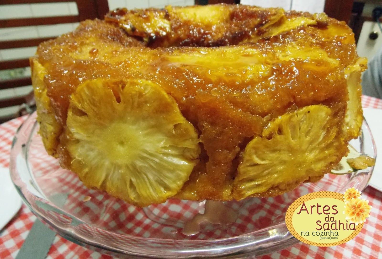 bolo de abacaxi caramelado da mamãe