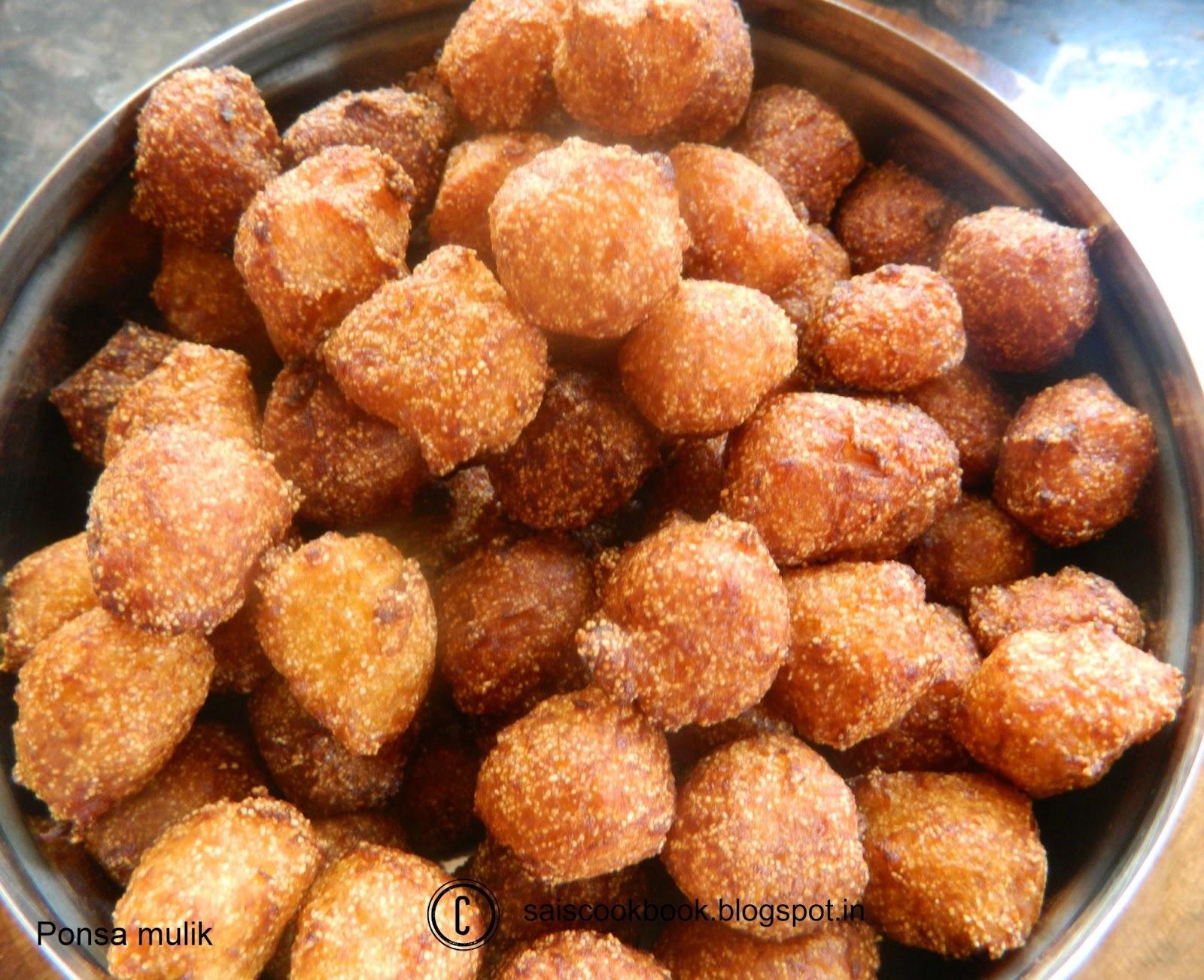 Phonsa Mulik/Jackfruit fritters and my 300th post