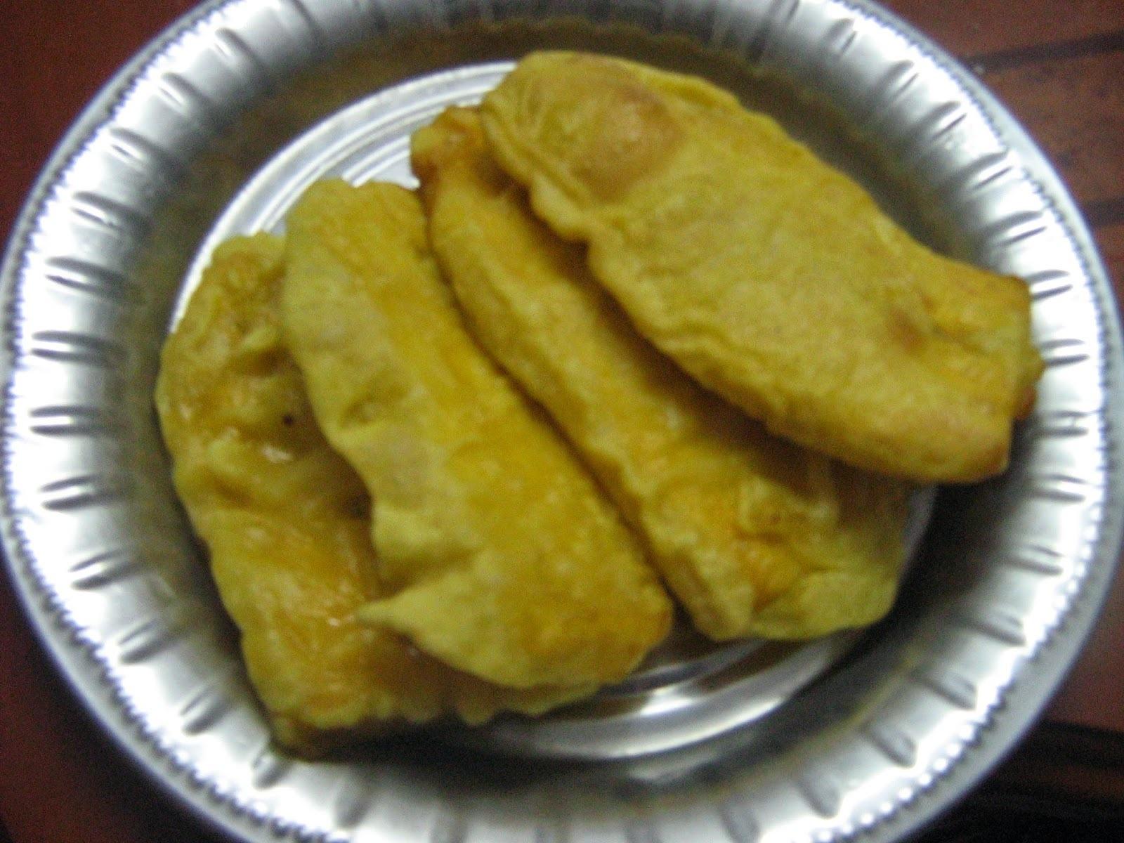 Pazham pori / Ethakkappam / Banana fritters