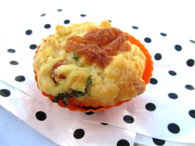 Muffin Salgado com Brócolis, Queijo e Presunto