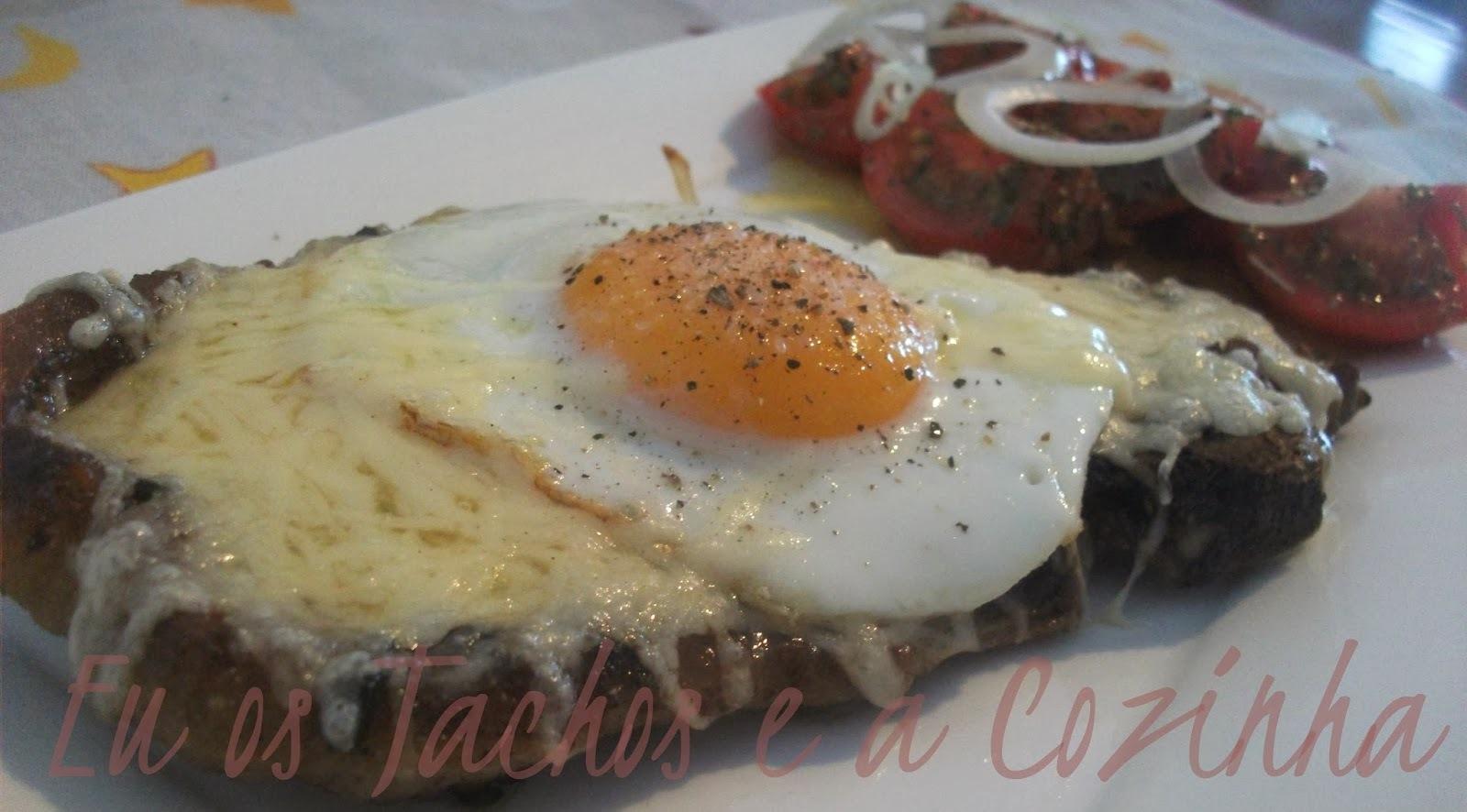 Costeleta gratinada com ovo a cavalo