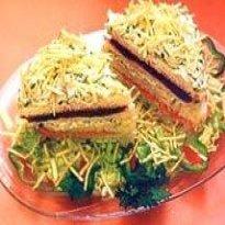sanduiche de forno com batata palha