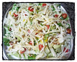 salada de pepino japones com pimentao