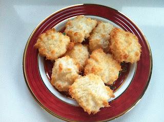 Kokosmakroner (Glutenfri) / Coconut Macaroons (Gluten Free)