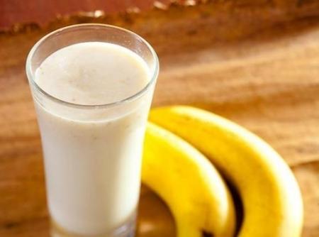 Receita do dia: Vitamina de banana com farinha láctea