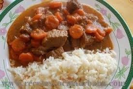 Como preparar guiso de ternera con guarnición de arroz
