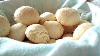 Pão de Queijo Mineiro (caseiro) moderno
