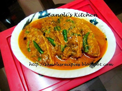 NARKOLER DUDH DIYE ILISH MACH (HILSA FISH IN COCONUT MILK) & KNOW YOUR KOLKATA FOOD BLOGGER KAMALIKA CHAKRABORTY