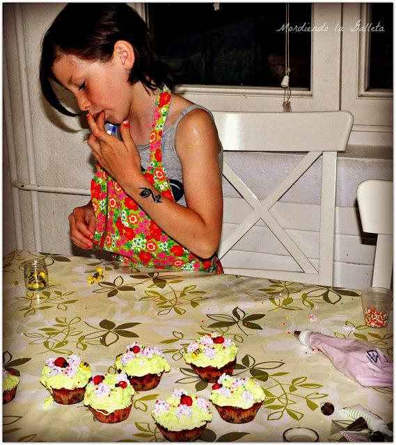 Marmor Cupcake de Te Matcha y Violetas