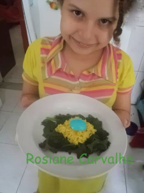 Galinha caipira Brasileirinha e Salada Bandeira do Brasil