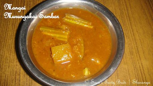 Mangai Murungaikai Sambar / Mango Drumstick Lentil Curry