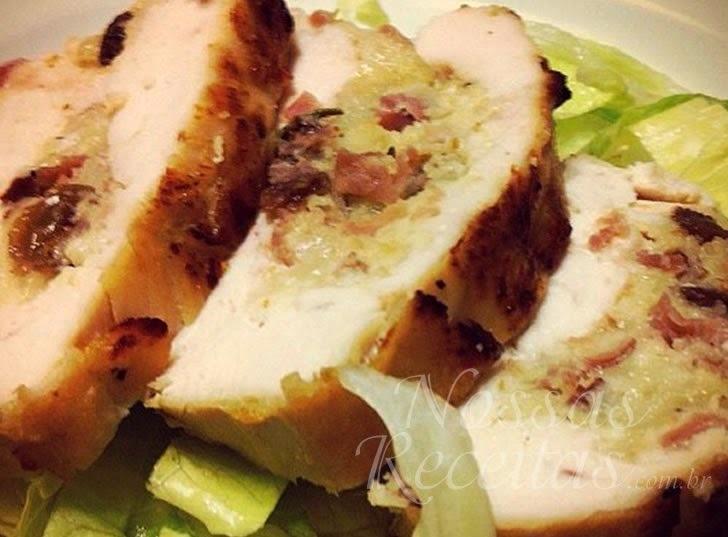 Peito de frango recheado