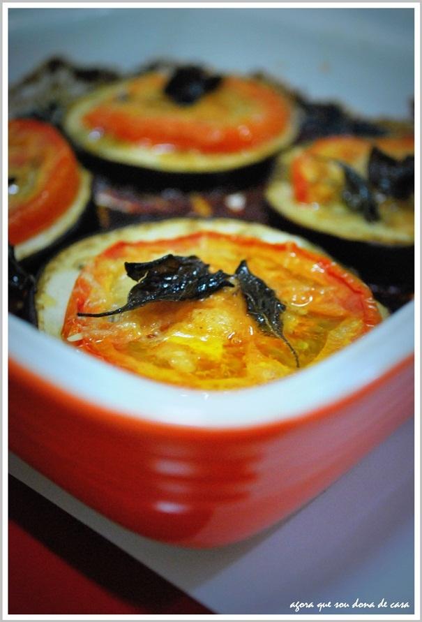 lições de reaproveitamento: escabeche de berinjela e berinjela gratinada com tomate