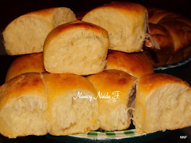 Pães de batata com fermento natural